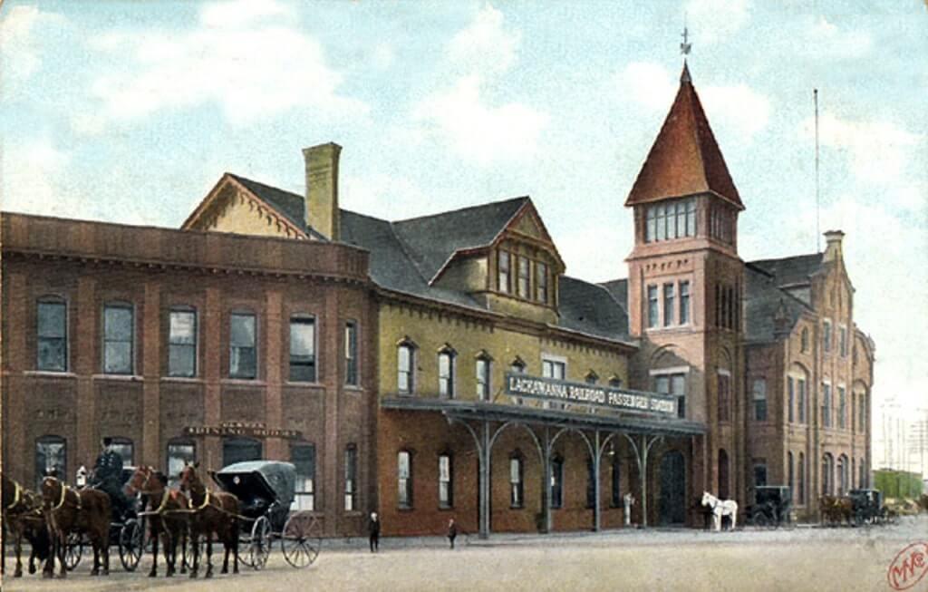 The Lackawanna Railroad Street View